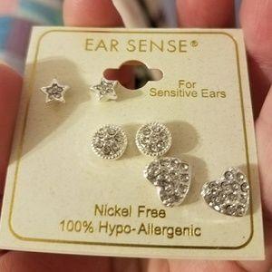 ear sense